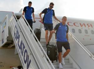 Проигравшая в Волгограде из-за жары сборная Исландии приземлилась в знойном Ростове