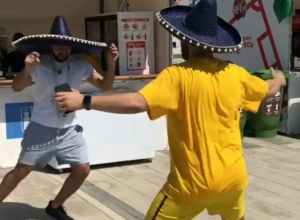 Горячие мексиканские болельщики «зажгли» на набережной в Ростове