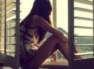 Падением 22-летней студентки из окна закончился квартирник в многоэтажке Ростова