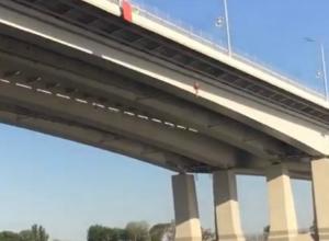 Эффектное селфи на Ворошиловском мосту стоило сломанного черепа 13-летнему ростовчанину