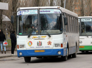 В Ростове пассажиру 94-го автобуса отрезали ногу из-за невнимательности водителя