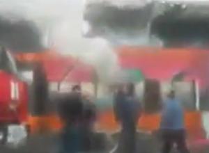Страшный пожар в торговом центре «Светофор» в Ростовской области попал на видео