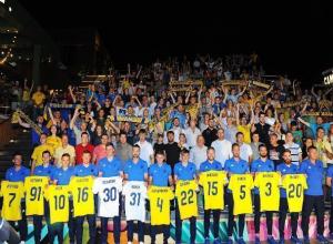 Самых преданных болельщиков ФК «Ростова» познакомили с новым составом