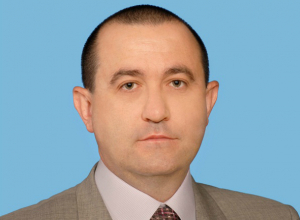 Депутат-единоросс Михаил Гнутов сложил полномочия на заседании гордумы Ростова