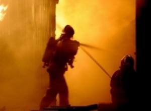 В Ростове ночью горела пятиэтажная новостройка на улице Портовой