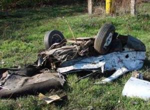 В результате ДТП в Батайске машину полицейского разорвало на части