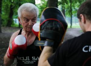 81-летний ростовчанин круто изменил свою жизнь и увлекся боксом в 75 лет
