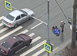 Женщина получила травмы под колесами торопливого таксиста на пешеходном переходе Ростова