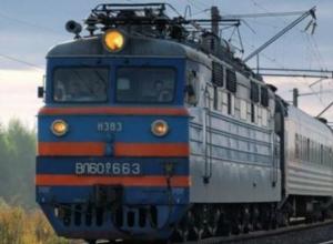 Поезд насмерть сбил 12-летнюю школьницу в Ростове