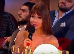 «50 граммами тупняка» с веселых съемок Comedy Club поделилась звезда Playboy из Ростова