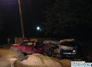 В Шахтах водитель без прав совершил тройное ДТП: мужчина разбился насмерть