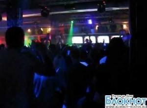 В ростовском ночном клубе едва не сгорели заживо два посетителя