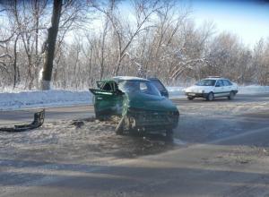 В Ростовской области при столкновении «десятки» и «Волги» пострадали 5 человек