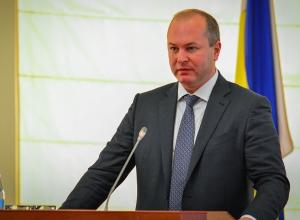Попавшему в тройку лучших мэров страны Кушнареву ростовчане припомнили пробки и грязь