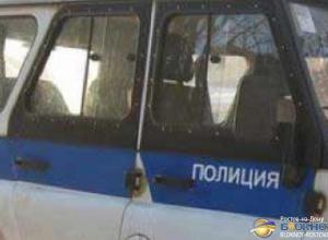 В Ростове ВАЗ столкнулся с полицейским УАЗом: четверо пострадали