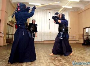 В Ростове японский дипломат Такэноучи Сёхэй продемонстрировал дух самурая