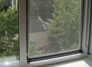 В Волгодонске 3-летняя девочка разбилась насмерть, выпав из окна шестого этажа