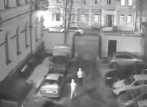 Дерзкий грабеж в центре Ростова попал на камеры видеонаблюдения