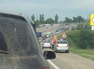 Ростовчане задыхаются в диких семибалльных пробках, которые сковали движение в центре