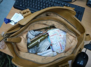 В Ростовскую область из Украины пытались провезти боеприпасы, патроны и штык-нож