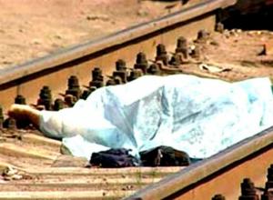 Грузовой поезд насмерть сбил перебегавшую железнодорожные пути женщину под Ростовом