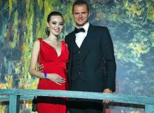 «Отнюдь не безоблачными» назвала парапсихолог отношения футболиста Тарасова и модели Костенко из Ростова