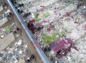 Пассажиров поезда «Анапа-Казань» ужаснула мгновенная гибель мужчины на железной дороге Ростова