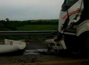 Огромная пробка на трассе М4 «Дон» в Ростовской области возникла из-за страшной аварии с грузовиком