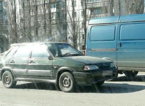 Ослепленный солнечным светом автомобилист сбил переходившую дорогу на «зеленый» женщину в Ростове