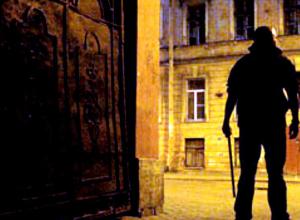 Невежливый грабитель толкнул ростовчанина и сбежал вместе с его телефоном