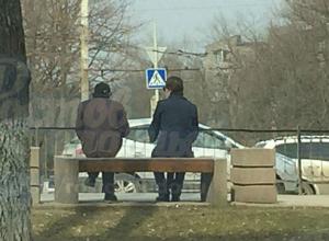 Жертва ловких мошенников, ворующих у девушек-автолюбительниц в Ростове, сняла их на фото