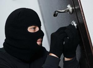 Бесстыжий грабитель-рецидивист позарился на золотые зубы своей матери в Ростове