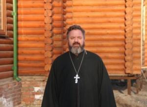 В Ростове священник спас самоубийцу