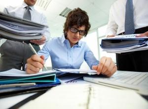 77 процентов жителей Ростова задерживаются на работе по требованию начальства