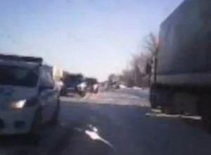 Читатель «Блокнота» снял на видео кортеж высокопоставленных чиновников, мчащийся по встречке на трассе М-4 «Дон»