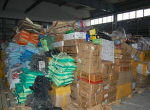 Грузовик с контрафактной брендовой одеждой на 40 миллионов рублей задержали под Ростовом