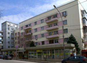 Здание Зернотреста, театр и фольклор