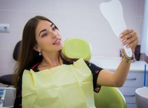 Красотка Настя вылечила зуб и вернула себе ослепительную улыбку