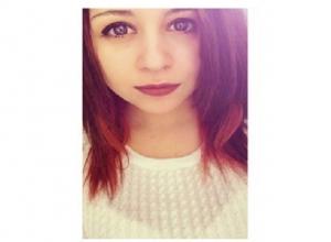 15-летнюю большеглазую красавицу в желтой куртке разыскивают в Ростовской области