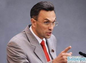 Депутату Владимиру Бессонову предъявлено повторное обвинение в применении насилия к полицейскому