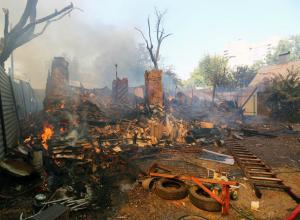 Театр кукол и детский сад построят на месте мощного пожара в Ростове