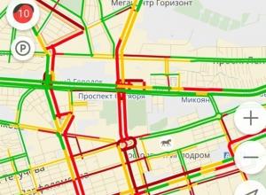 Ростовский ад на дороге в четверг: пробки 10 из 10 баллов
