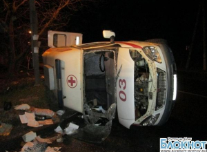 В Ростове машина «скорой помощи» столкнулась с «десяткой»: 5 пострадали