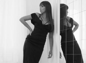 Ростовчанку Полину Диброву упрекнули за слишком откровенный вырез платья