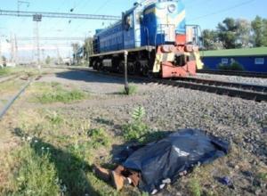 Грузовой поезд сбил 64-летнего пенсионера из Батайска