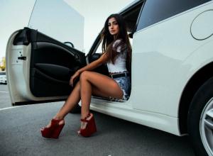 О белом BMW X6 мечтает Вероника Лазарева