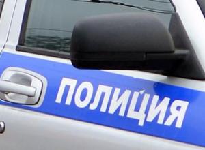 В Таганроге мужчина, угрожая пистолетом, украл алкоголь из магазина