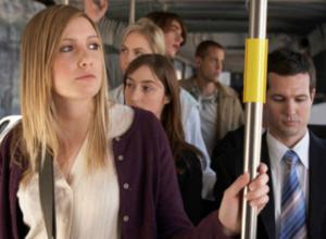 Усатый извращенец шокировал неприличным «умиравшую от жары» пассажирку автобуса в Ростове