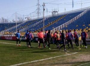 Поле стадиона «Ростова» после скандального заявления Моуринью проверил УЕФА
