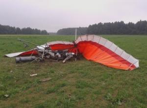 В Ростовской области два человека погибли при крушении дельтаплана